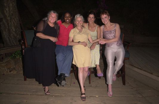 Tyne Daly, Earnestine Phillips, Herta Ware, Wendie Malick and Mariette Hartley at The Strength of Women at the Will Geer Theatricum Botanicum. 08-19-00