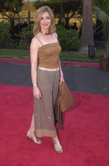 Sharon Lawrence at the Planet Hope Gala hosted by Sharon and Kelly Stone in Woodland Hills. 08-07-00
