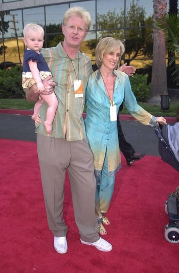 Ed Begley Jr., Rochelle Carlson and Daughter Hayden at the Planet Hope Gala hosted by Sharon and Kelly Stone in Woodland Hills. 08-07-00