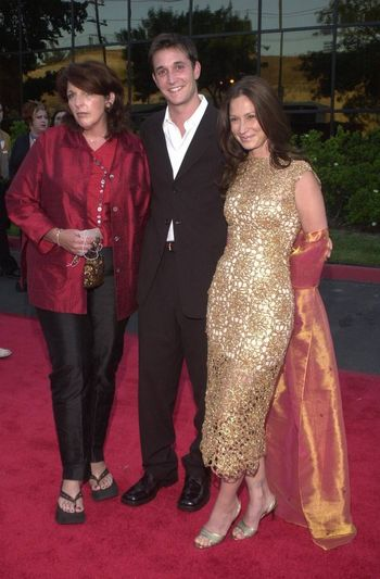 Noah Wyle, Tracy Warbin and Mom at the Planet Hope Gala hosted by Sharon and Kelly Stone in Woodland Hills. 08-07-00