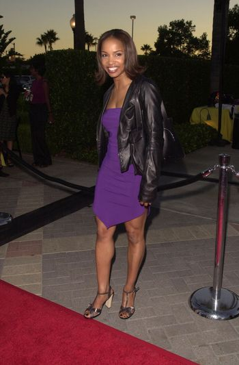 """Elise Neal at the premiere of """"Original Kings of Comedy"""" in Hollywood. 08-10-00"""