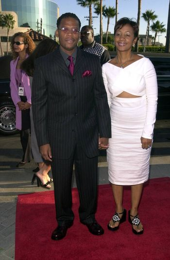 """D.L. Hughley and Ladonna at the premiere of """"Original Kings of Comedy"""" in Hollywood. 08-10-00"""