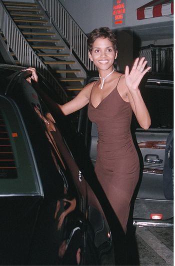 Halle Berry at the Hollywood Film Awards in Beverly Hills. 08-08-00