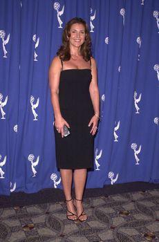 Peri Gilpin at the Creative Arts Emmy Awards in Pasadena. 08-26-00