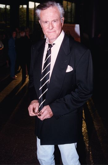 Robert Culp at the premiere of the TNT movie Running Mates. 08-01-00