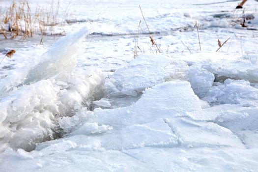 ice crashes on the river