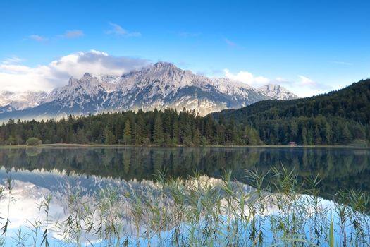 Karwendel mountain range and Lautersee lake