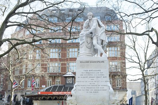 LONDON, UK - MARCH 14: Statue of William Shakespeare in water fo