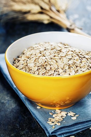 Rolled oats in a bowl