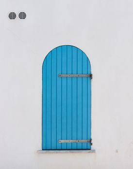 Shutter blue