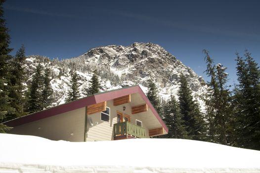 Private Lodging Ski Chalet Lodge Heavy Snow North Cascades