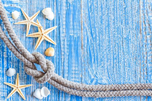 Marine rope with sea shells on deck