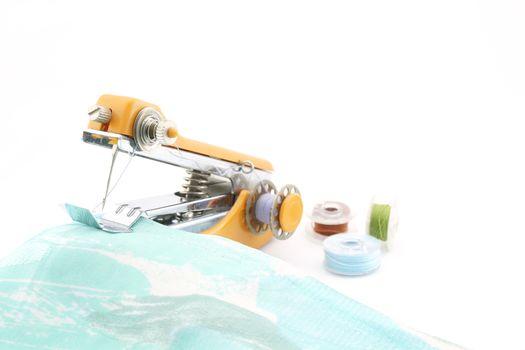 Sewing handheld