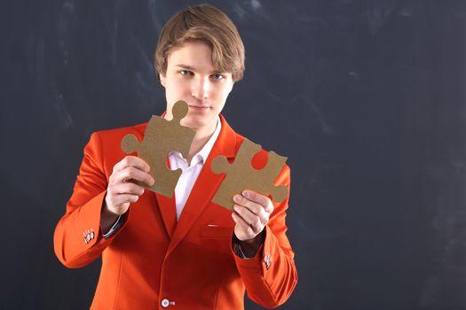 Gold puzzle - a puzzle Business
