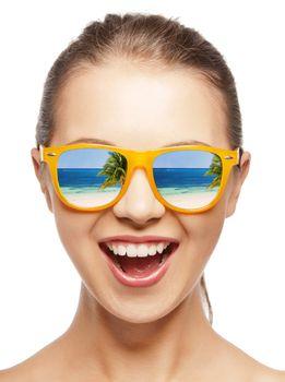 amazed girl in shades