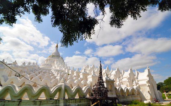 White pagoda of Hsinbyume (Myatheindan) paya temple