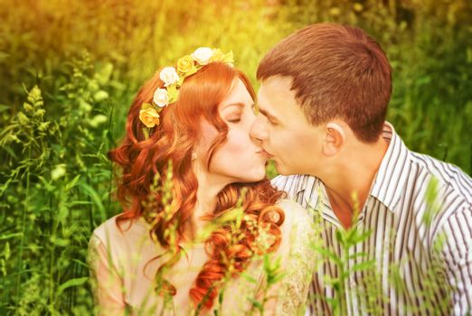 Kissing outdoors
