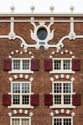 House facade in central Amsterdam beautifully decorated
