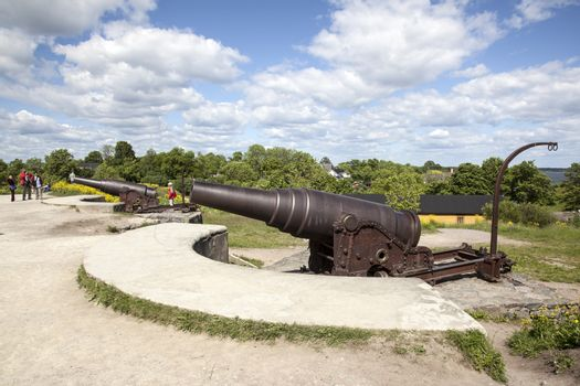 canons and tourists on the fortification island suomenlinna