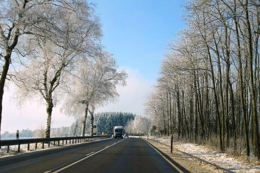 Hunsrückhöhenstraße in winter