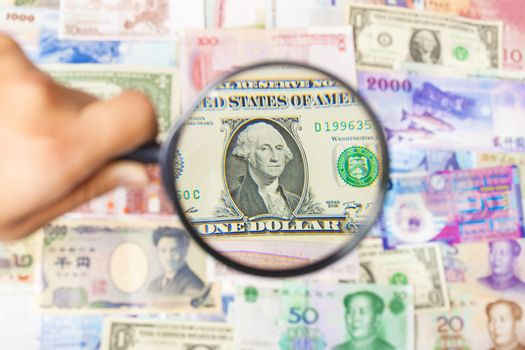using a magnifier to search the method of making money