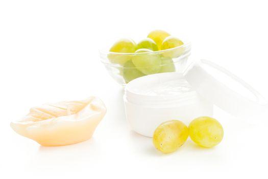 moisturizer cream with grapes