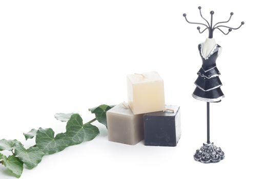 jewelry holder with candles