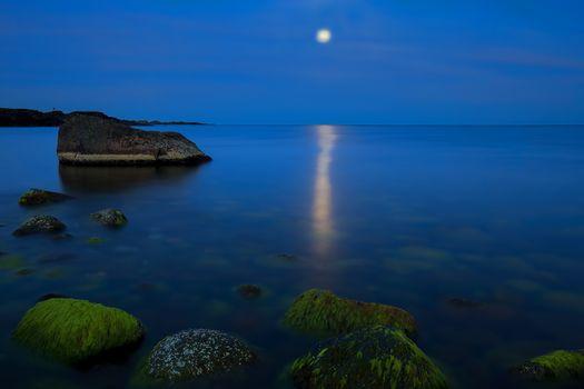 Moonlight at Moelen