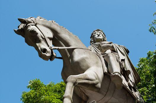 Henri IV statue in place of Vosges in Paris