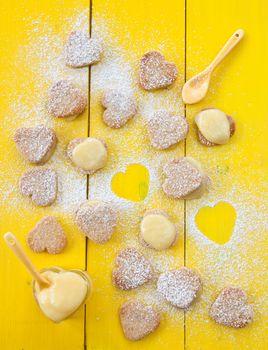 Heart cookies with Lemon Curd