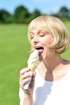 Wow ! Delicious ice cream !