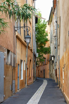 Street in old Aix en Provnece