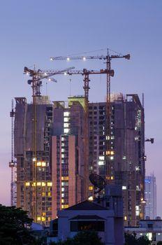 Building Under Construction, Twilight time