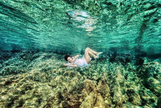 Dancing underwater