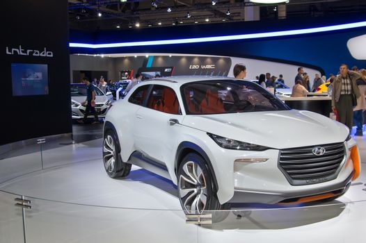 MOSCOW-SEPTEMBER 2: Hyundai Intrado concept at the Moscow International Automobile Salon on September 2, 2014 in Moscow, Russia