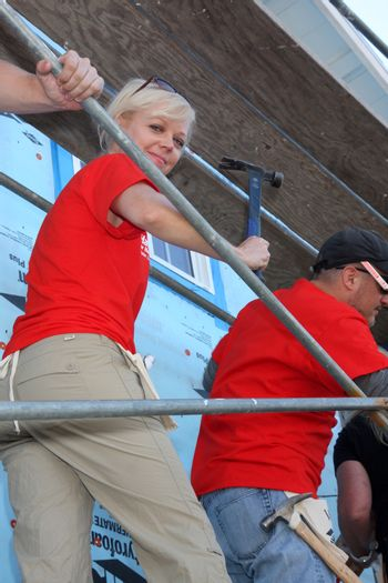"""Emily Bergl at the Habitat for Humanity build by Showtime's """"House of Lies"""" and Shameless, Magnolia Blvd, Lynwood, CA 10-25-14 David Edwards/DailyCeleb.com 818-915-4440/ImageCollect"""