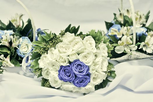 Vintage-Colored Wedding Bouquet
