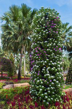 Flower Pots Tree.
