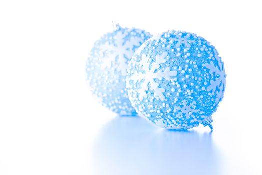 Frozen Xmas Balls