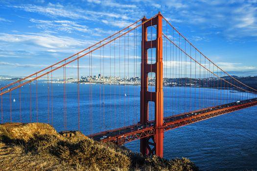 Famous Golden Gate Bridge