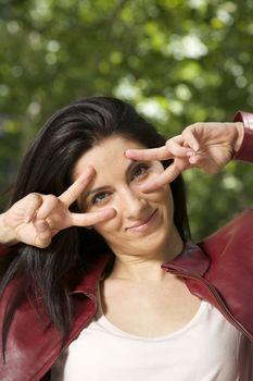gesture fingers eyes