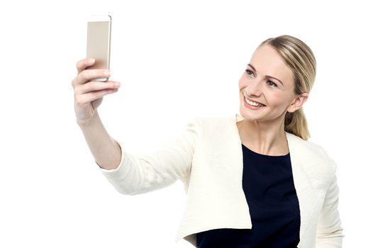 Let's take a selfie !