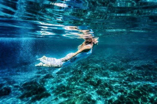 Relaxation in the sea