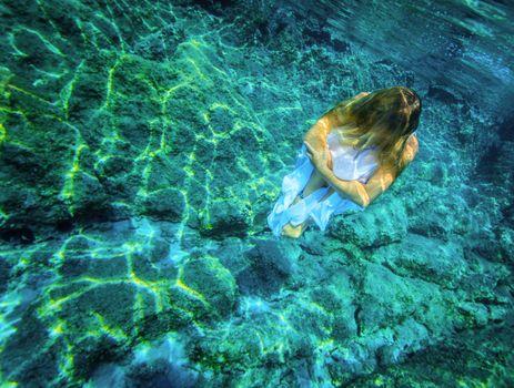 Underwater meditating
