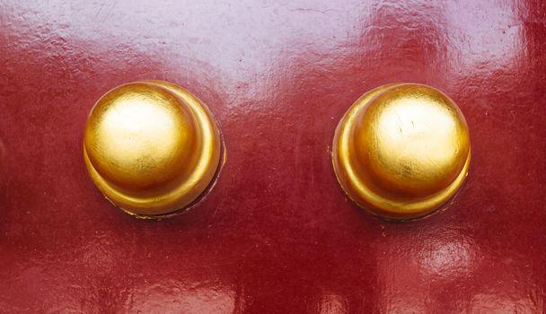 Copper rivet gate