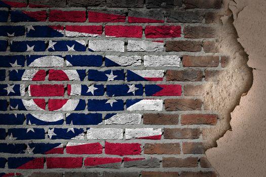 Dark brick wall with plaster - Ohio