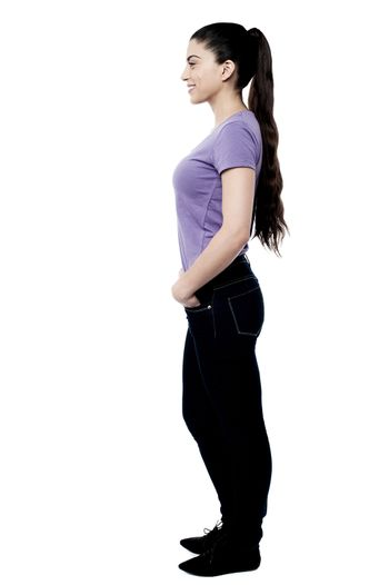 Full length image of young woman