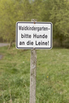 german sign: waldkindergarten