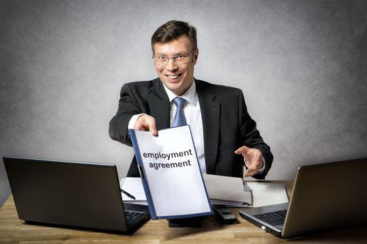 Boss gives employment agreement