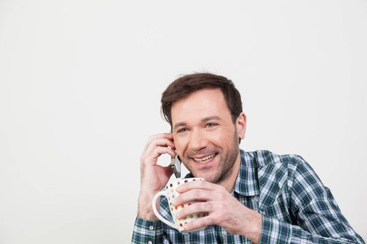 Man talking on the cellphone